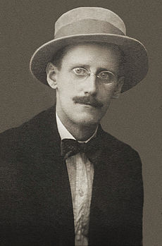 https://simple.wikipedia.org/wiki/James_Joyce
