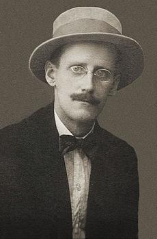 https://simple.wikipedia.org/wiki/James_Joyce